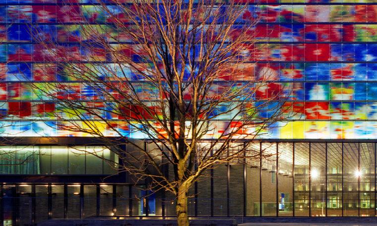 gebouw beeld en geluid in hilversum